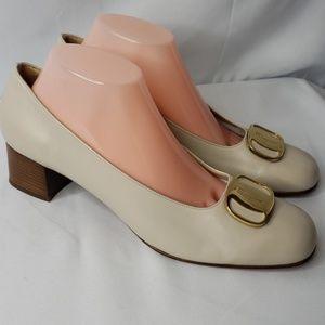 Salvatore Ferragamo Boutique Vera Dress Shoes 10